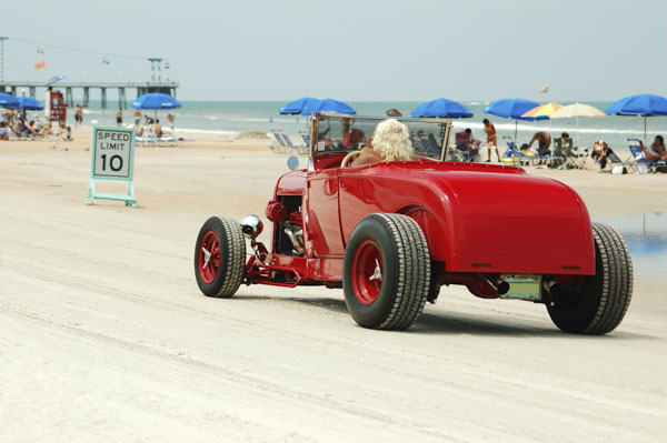 Hot rod on the beach
