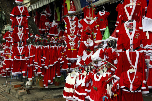 Santa Claus costumes for kids