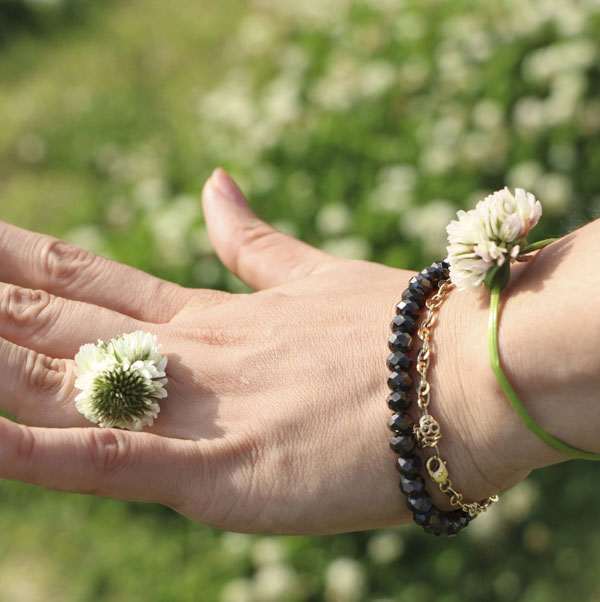 Nature jewelry: dandelion ring and bracelet